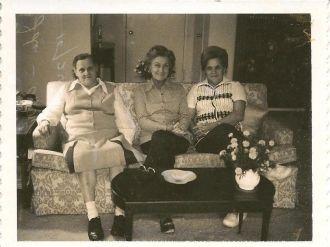 Elinor B Mather & nieces