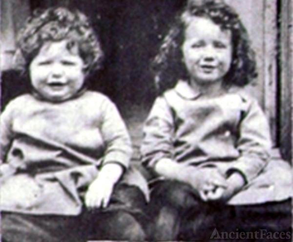 Elinor and Elizabeth Lucas