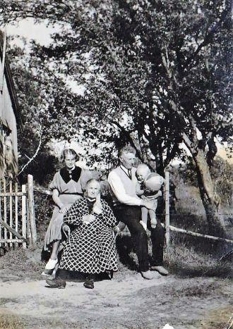Uden Family - 4 generations