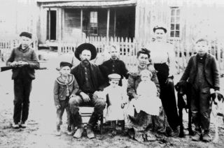 dennis watson family