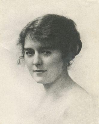 Helen Gladys Dew (Beacham)