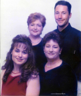 2007 Family Photo of Marcia Suzanne Johnson Ambrose, Brien Edward Smith, Kristine Elizabeth Smith Teshima, Michelle Elizabeth Johnson Smith