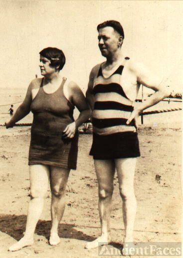 Gertrude & Edward Kelley about 1910