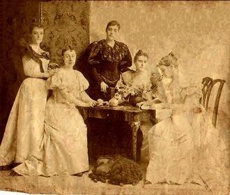 Daughters of Joseph Howard