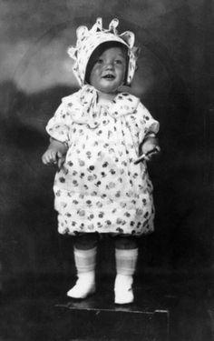 Toddler Marilyn Monroe