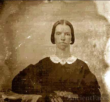 Unknown Payne Lady@