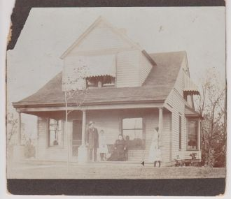1902 House and Family