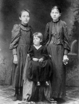 Casad Sisters