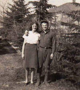 Lyle & Ione Pettit , Glenwood WA