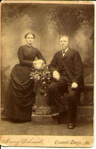 Charles& Julia (Bauer) Green, Iowa 1882