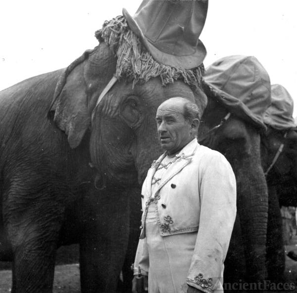 Hugo Schmitt - Elephant Trainer