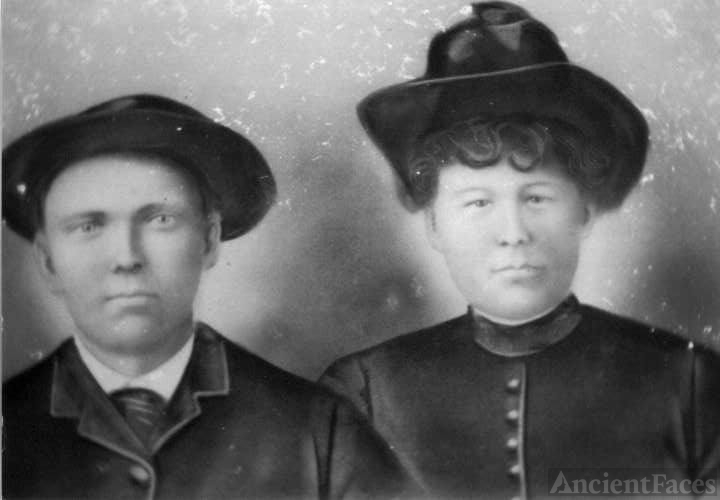Roland Mal Quick & Laura Kelley Tinney