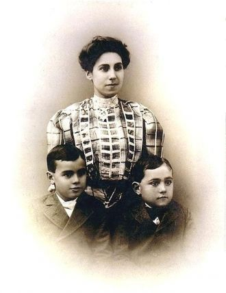 Eva Solari Chaffee With Sons