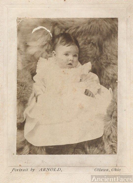 Beautiful baby Margaret Elizabeth Haskell, 5 mos