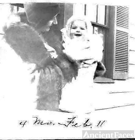 Connie Tasker Benning & daughter, Seattle, WA 1931