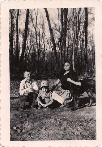 Wilbur, Ruth, Betty & Victory Martz