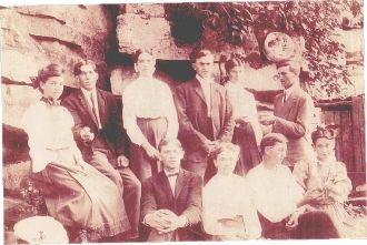 Flatwoods Sr. Class. Poss. 1907