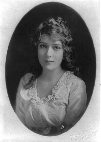 [Mary Pickford, half-length portrait, facing front] /...