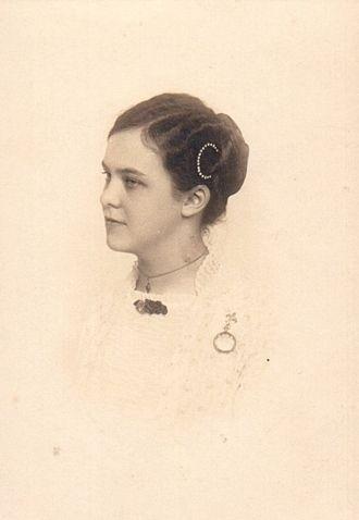 Fanny Meta (Janssen) Roos, 1912