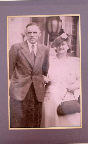 Agnes Mackey parents