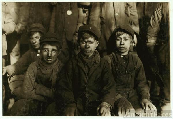 Group of Breaker boys