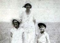 Cordelia Tompkins Patchin and children
