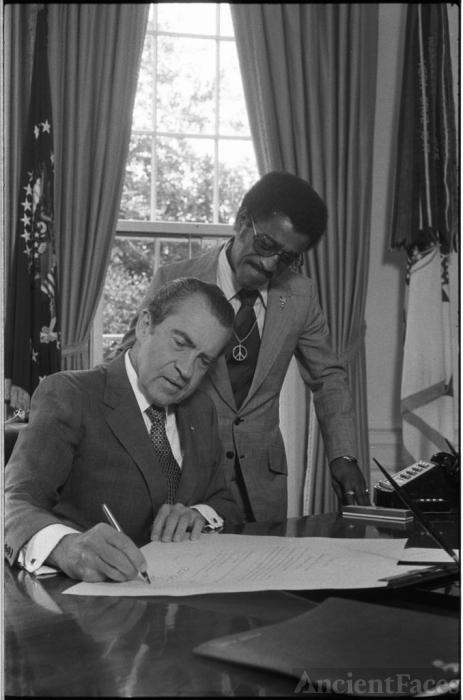 President Nixon & Sammy Davis Jr.