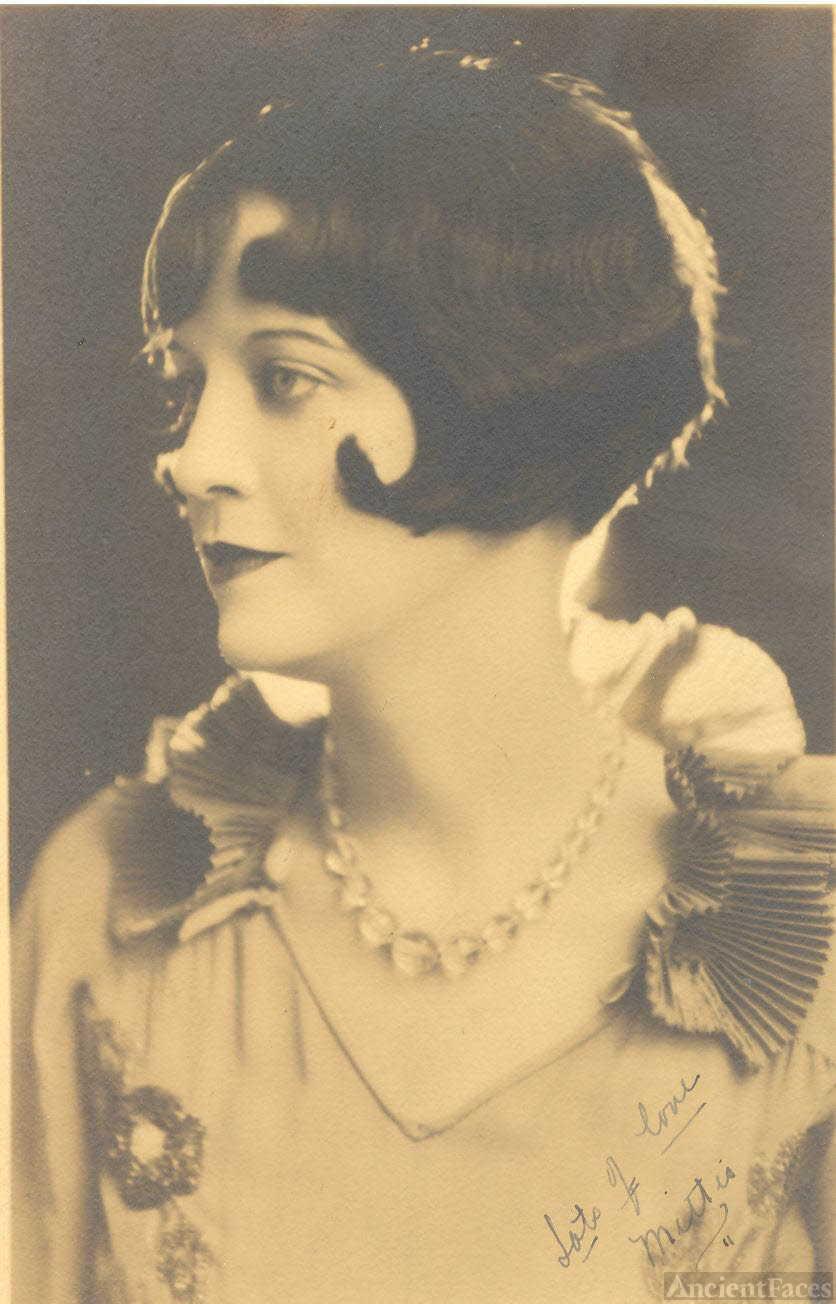 Mitzi Ann Walker 1904-1991