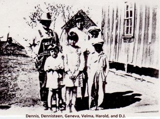 JAYE-YOAKUM Family, 1929, Rosedale, McClain Co., OK