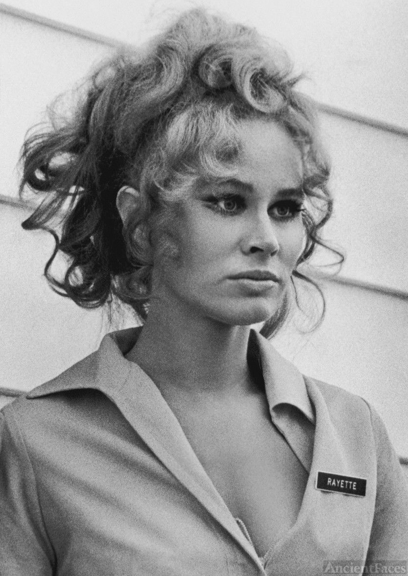 Karen Black, Five Easy Pieces.
