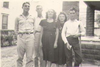Gladys T Reid & family