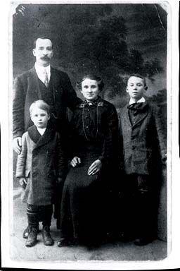 O'Sullivan Family, Ireland 1910