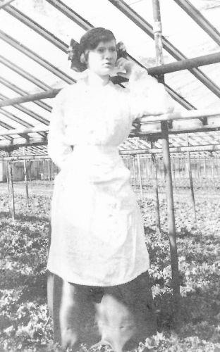Mary E. Hahn Weeks
