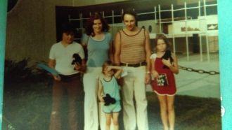 Linda M Goulet Family