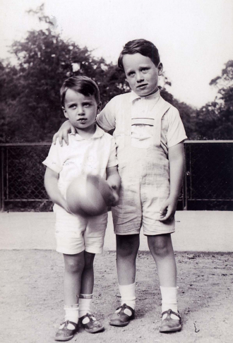 Paul & Hans Koenig