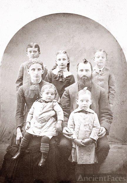 Family of Leonidas Snell