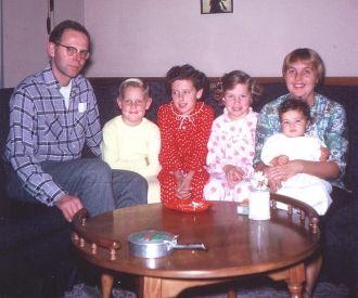 Mary (Barrett) Gallup's family