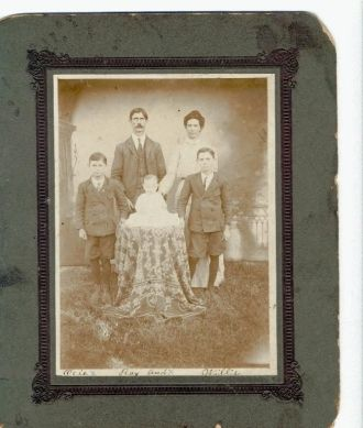 Robert Griffith  Family