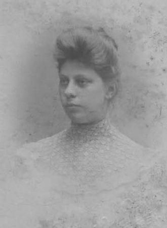 Laura Larsen