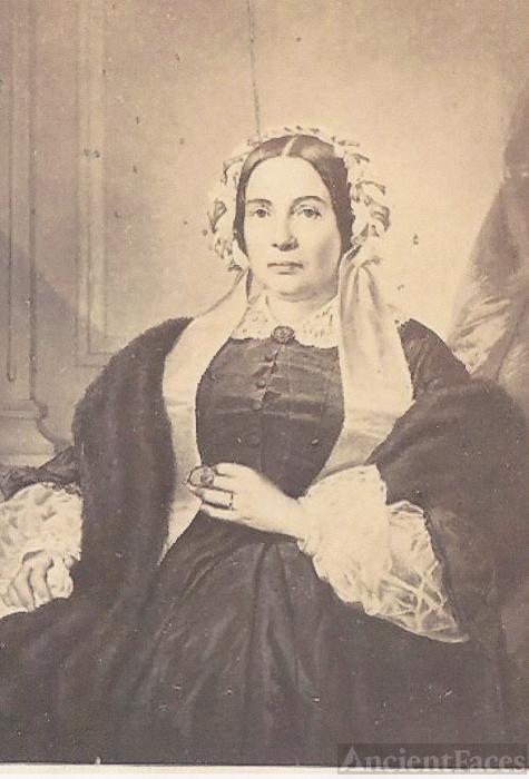 """Marianne Pélagie Émilie """"Emilie"""" (Pratte) Crooks"""