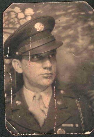 Uniformed soldier WW2, Howes?