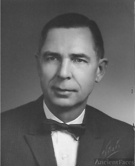 Ralph Willard Stevens