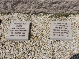 Lisle E Crowder Memorial