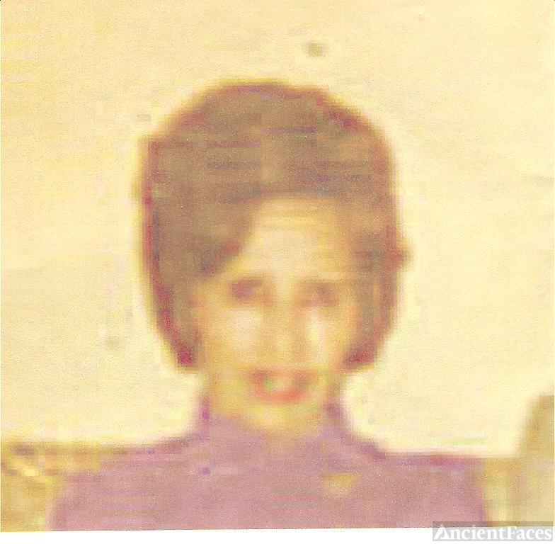 """Gladys """"Bettie"""" Drennan Peterson"""
