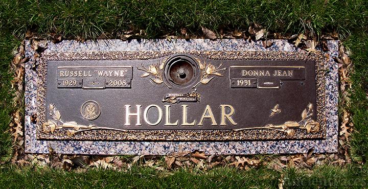 Russell and Donna (Kline) Hollar Gravesite