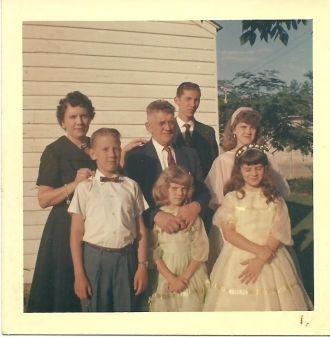 Hassell & Lillian Pippin Family, Kentucky 1958