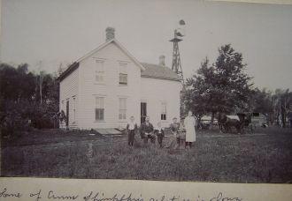 Farm house and Family, Iowa