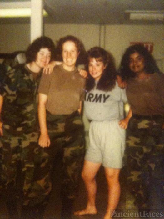 1991 Ft Jackson, SC .... Pvt. Kimberly Susan Uhler