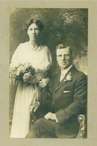 Mr&Mrs Melvin Nicholas