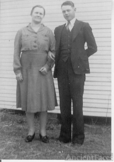 Ada Belle Condley and Alva Coffman
